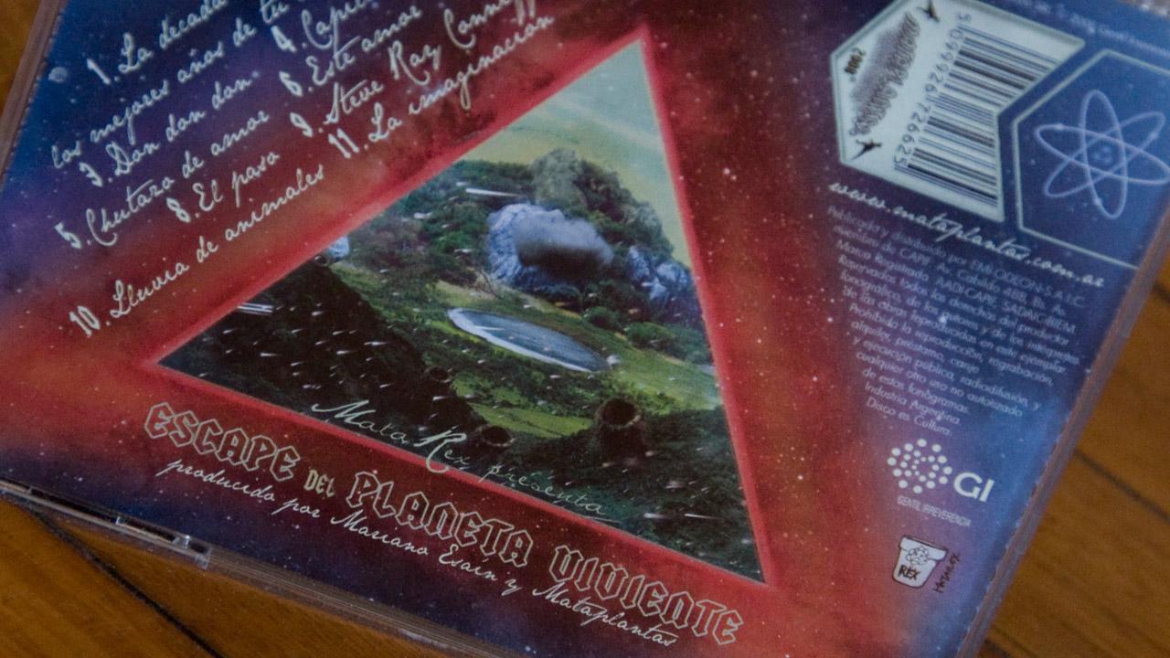 3rd Album : Escape del Planeta Viviente